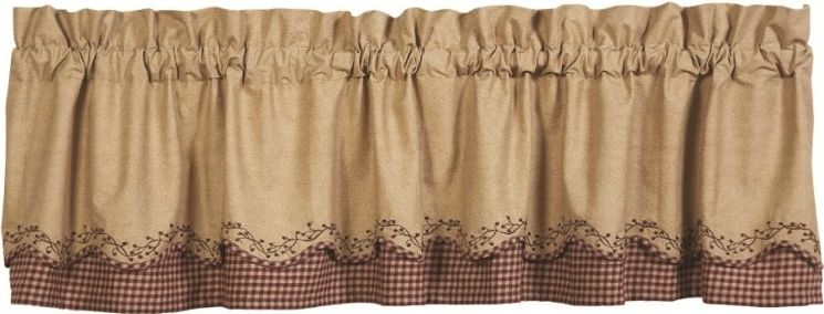 Checkerberry layered scalloped valance