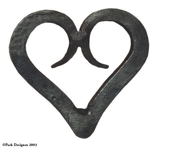 962-75-Forged-Heart-Iron-Napkin-Ring_LRG
