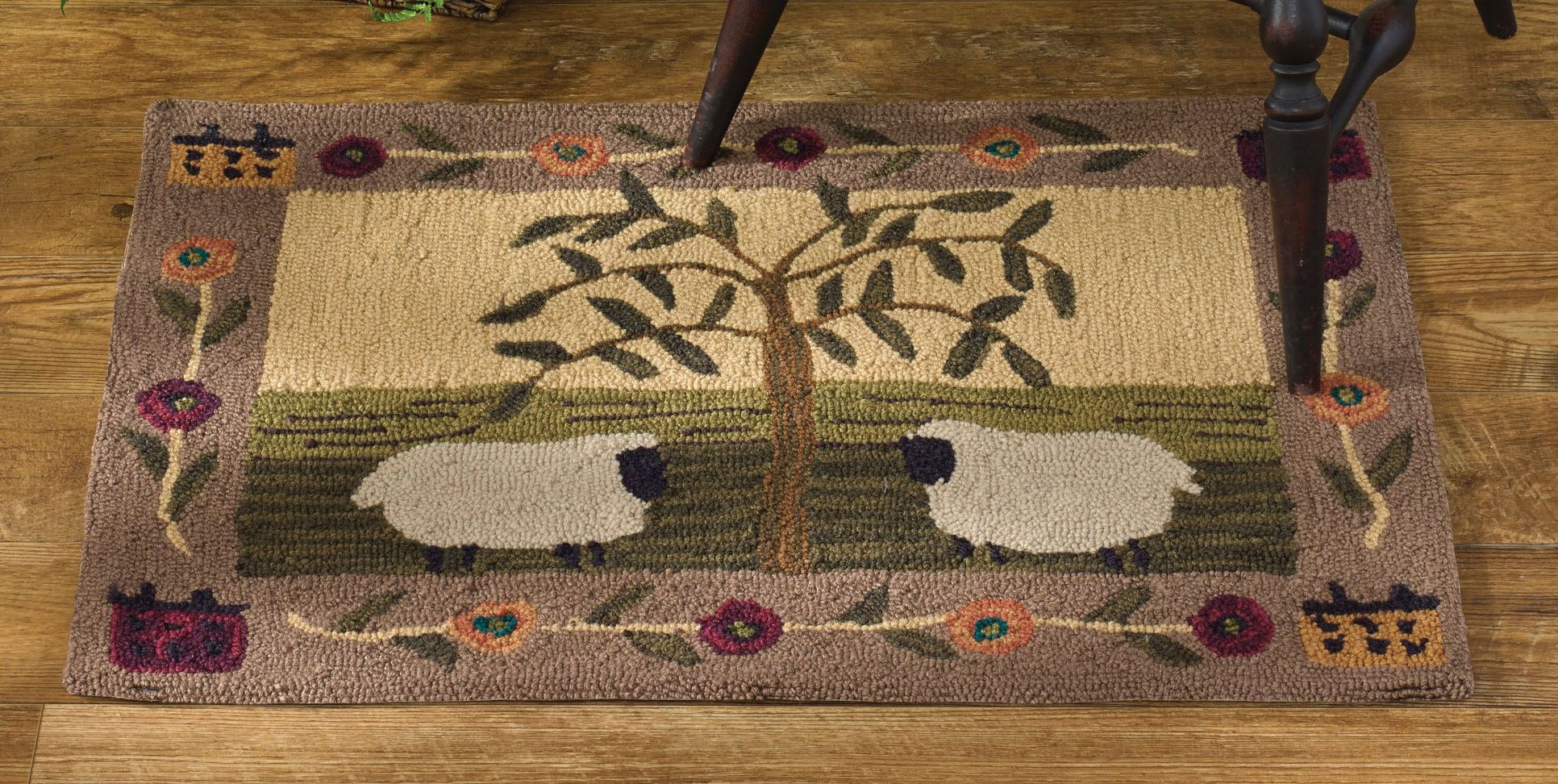 PKD-051-35-Willow-and-Sheep-Hooked-Rug-LRG