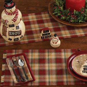 Sleigh Ride table linens