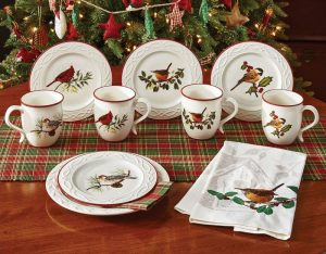 Winter Birds mug set with Winter Tartan linens