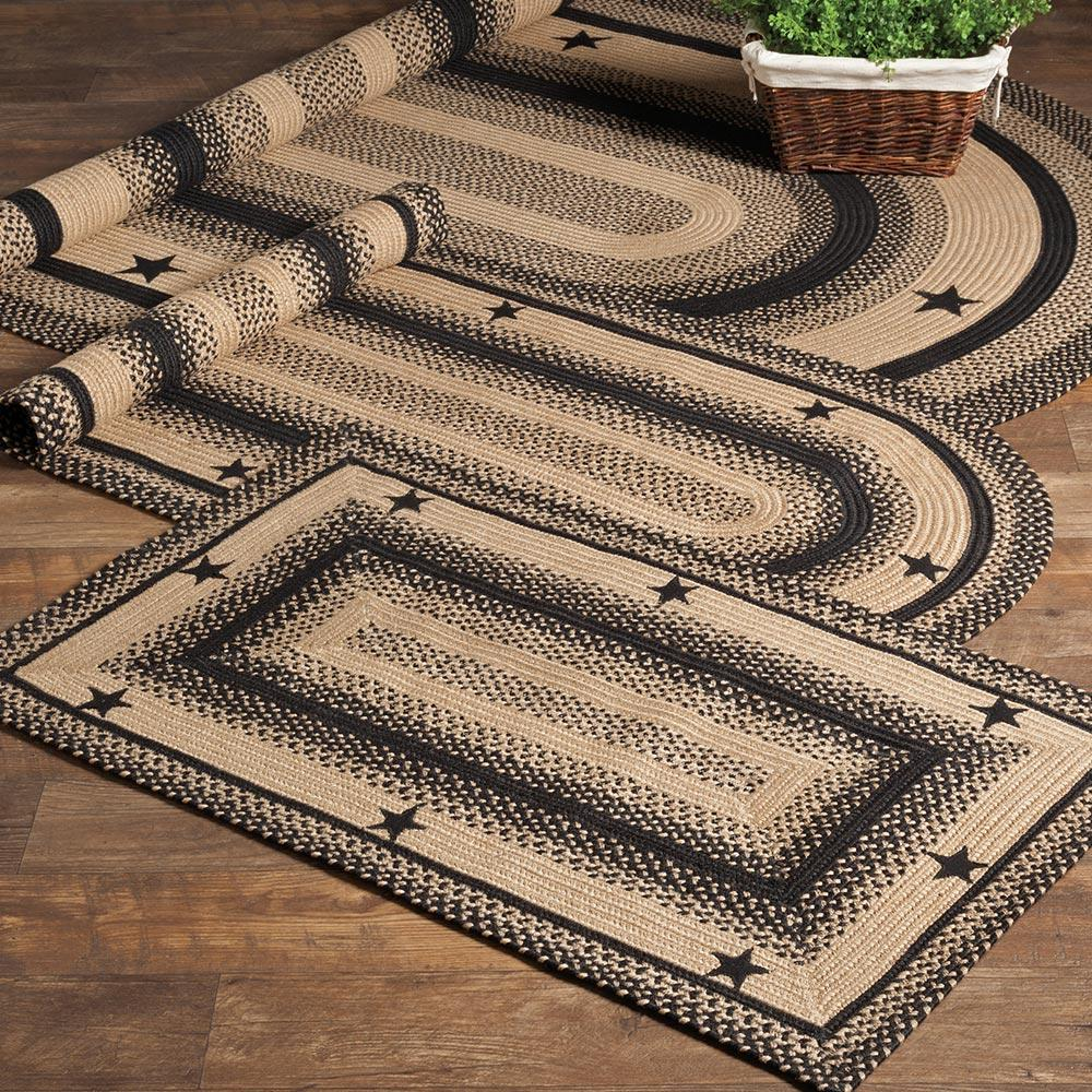 Black and Tan Star Braided Rug